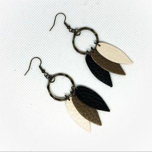 Jewelry - ❤️All jewelry 4 for $13❤️